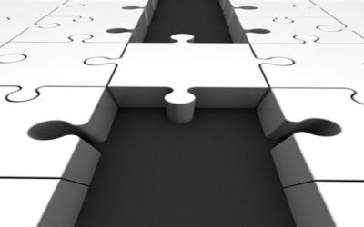 Unified Communications Jigsaw pieces showing connection